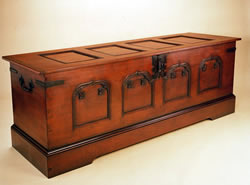 OCD8 Blanket Box – Spanish Influence